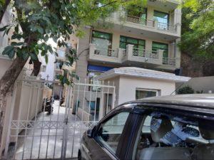 2000 sq ft Office Space for lease on main Aurobindo Marg, Hauz Khas